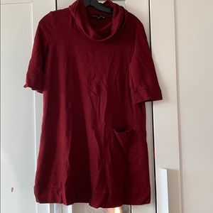 Isabella Oliver maternity tunic with pocket 1